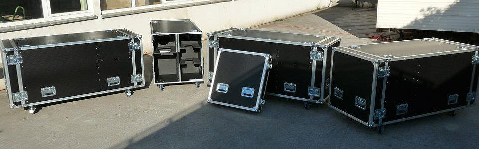 Custom Nebel-Flightcases - BAKU 2012 !